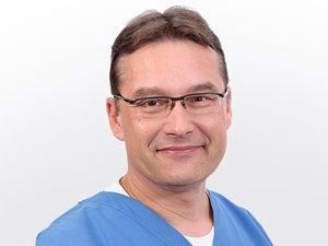 Gesichtschirurg Dr. med. Dr. med. dent. Maick Griebenow